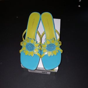 Liz Claiborne teal and yellow flower shoes